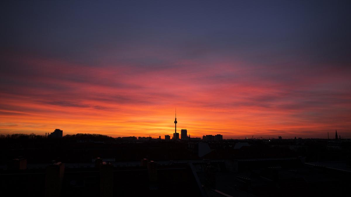 Sonnenuntergang hinterm Fernsehturm